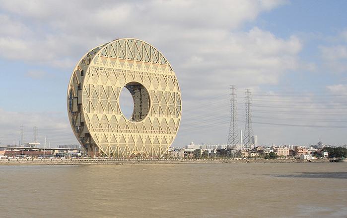 небоскреб золотой пончик китай фото 3 (700x438, 303Kb)