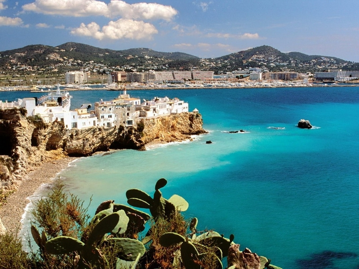 Ibiza (700x525, 317Kb)