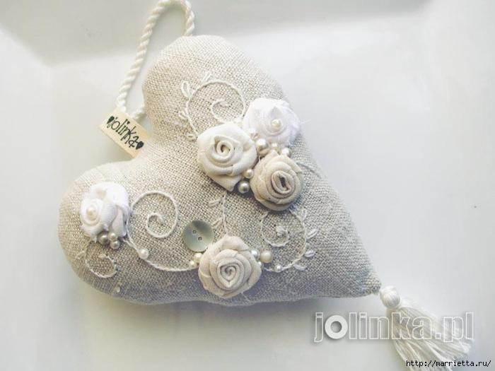 Текстильные сердечки. Большая коллекция очень красивых валентинок (13) (700x525, 176Kb)