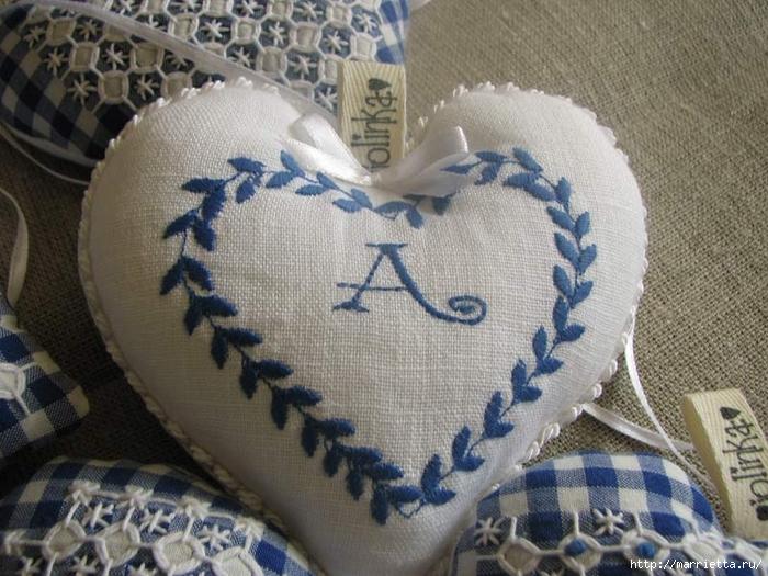 Текстильные сердечки. Большая коллекция очень красивых валентинок (26) (700x525, 304Kb)