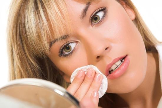 Снять макияж правильно – легко! (2) (550x365, 107Kb)