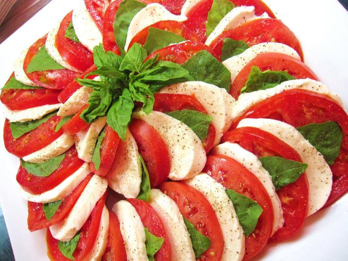 1330238309_capriso-salad-salat-kaprizo_ (700x525, 524Kb)