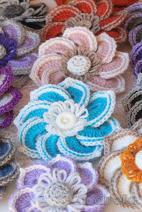 Flower-crochet-brooches-1 (469x700, 470Kb)