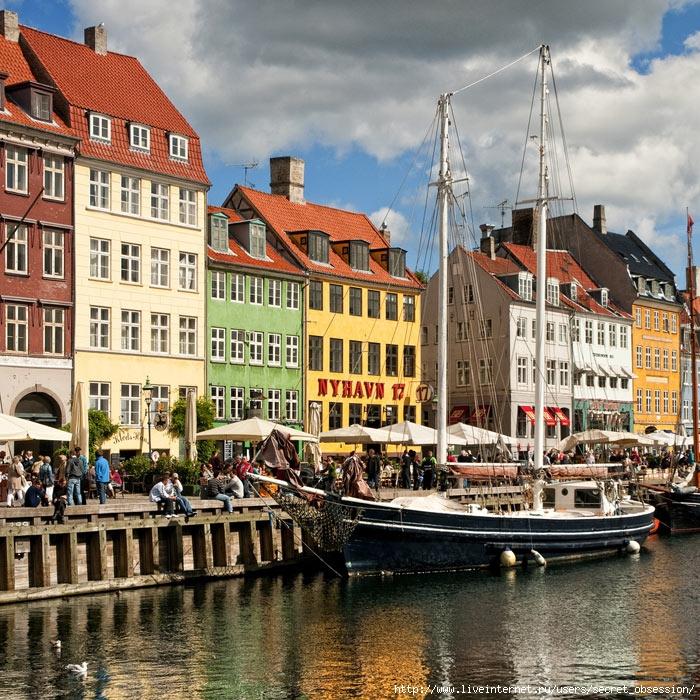 Kongeriget-Danmark-01 (700x700, 435Kb)