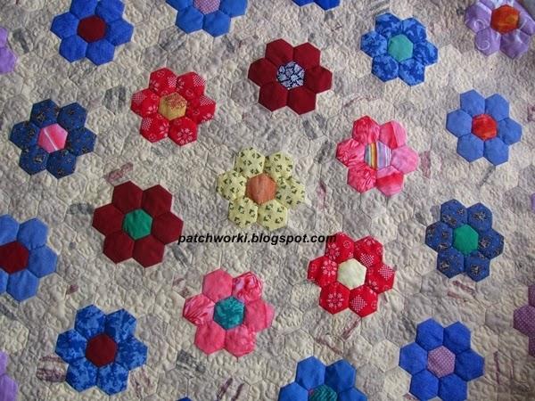 Пэчворк. Создание и сшивание шестиугольников для пледа. Мастер-класс (52) (600x450, 334Kb)