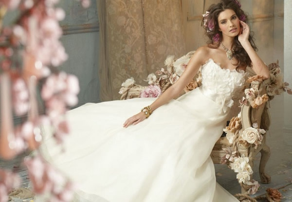 bride_featured-5.7jpg (600x414, 106Kb)