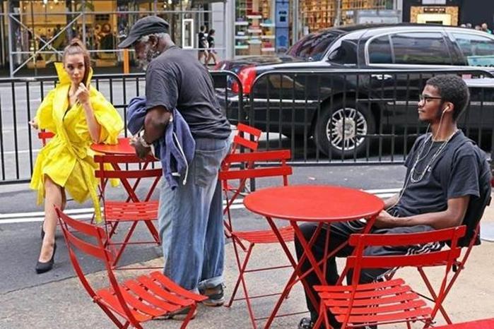 Необычные наряды и странные люди в Нью-Йорке