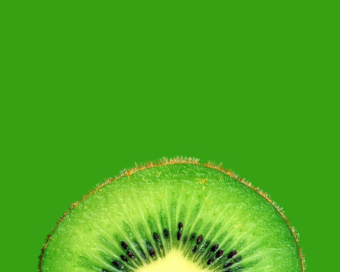 56940238_1269539441_Food_Fruits_and_Berryes_Kiwifruit_015475_ (700x560, 134Kb)