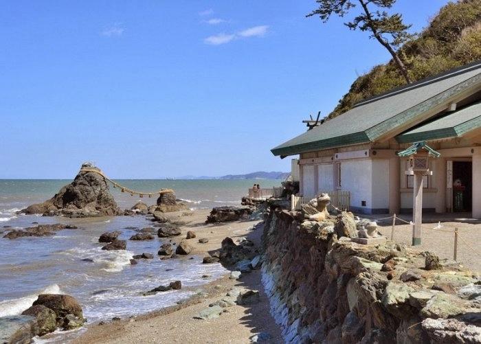 Скалы Моэто Ива япония 4 (700x501, 272Kb)