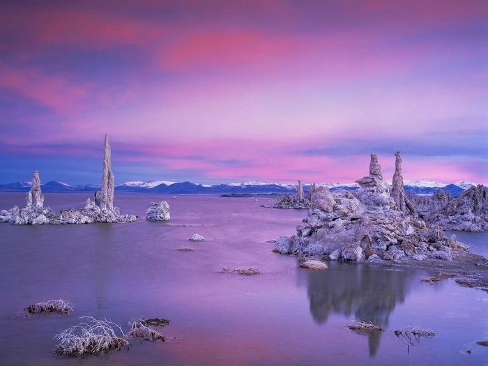 twilight_over_south_tufa_grove__mono_lake (700x525, 215Kb)