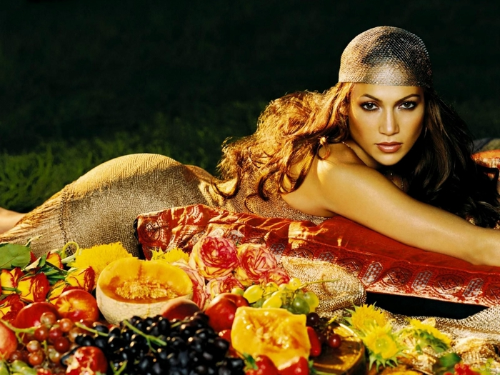 1339999619_jennifer-lopez-11 (700x525, 297Kb)