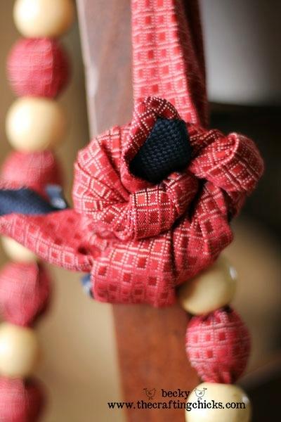 бусы из мужского галстука9 (400x600, 129Kb)