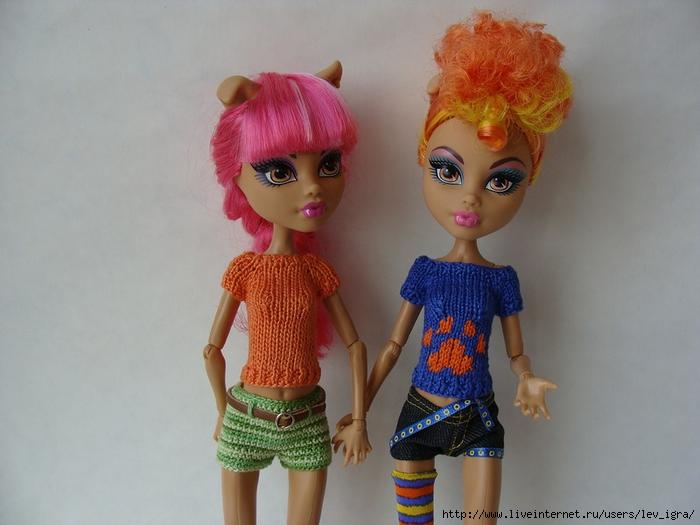 Одеваем кукол Monster High