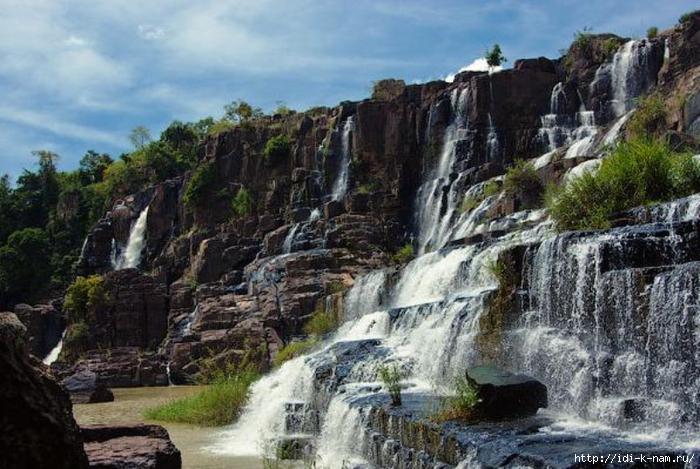 достопримечательности Вьетнама, что можно посмотреть во Вьетнами, культурно-исторические ценности Вьетнама, водопады Вьетнама
