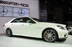 Mercedes ������������ �� 3 ����������� ���������� ��� ������� ����������� (250x165, 23Kb)