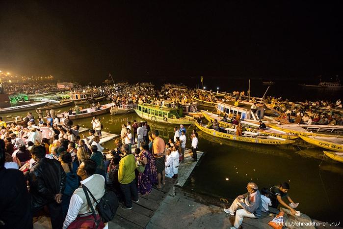 India Varanasi Arati 2014 (03) (700x466, 291Kb)