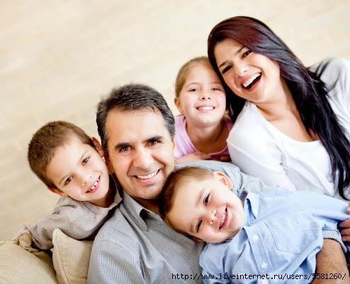 Счастливая семья (494x400, 113Kb)