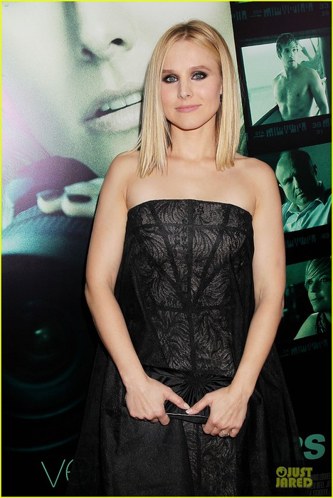 kristen-bell-chris-lowell-glam-up-the-veronica-mars-nyc-screening-14 (468x700, 89Kb)