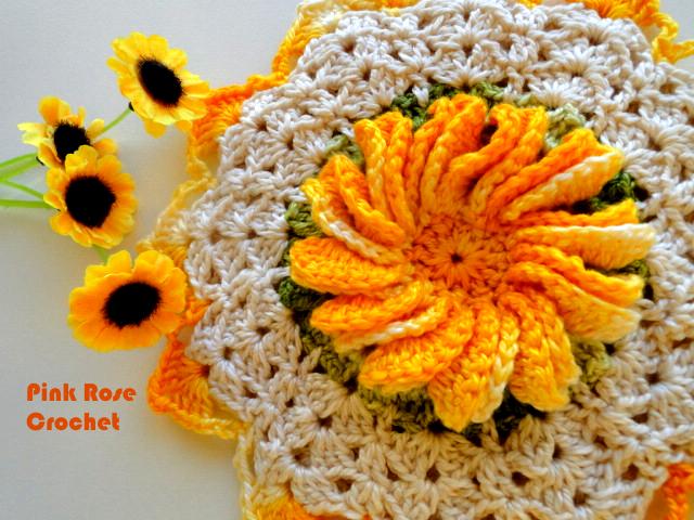 Вязание крючком. Прихватки с цветами (1) (640x480, 671Kb)