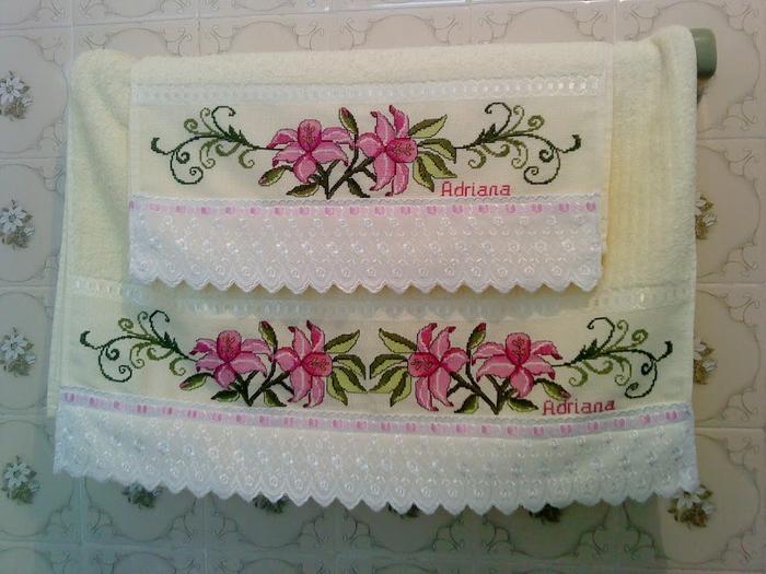 Схемы вышивки для полотенца. КАЛЛЫ (12) (700x525, 387Kb)