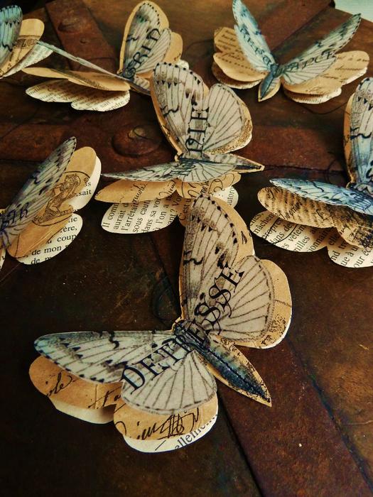 Бабочки из журнальных страниц (6) (525x700, 503Kb)