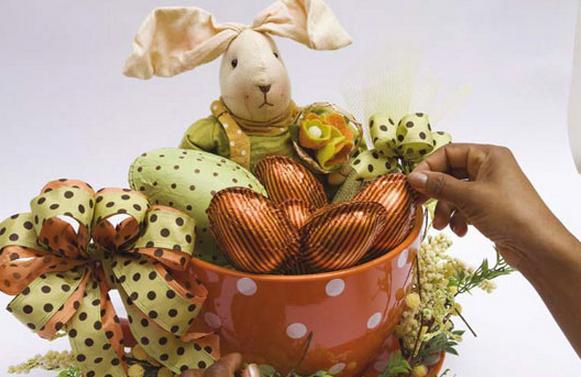 Кролик в чашке. Идеи пасхальных композиций (7) (581x377, 475Kb)