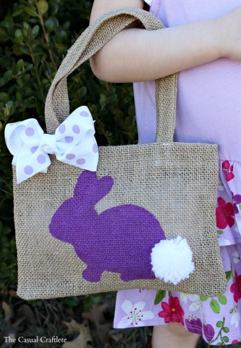 Украшение подушек и сумочки пасхальными зайцами (4) (484x700, 396Kb)