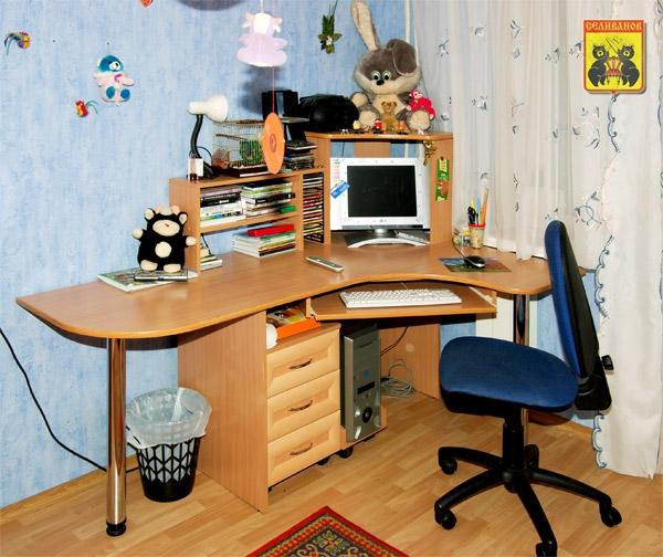 Персональный сайт - каталог компьютерных столов.