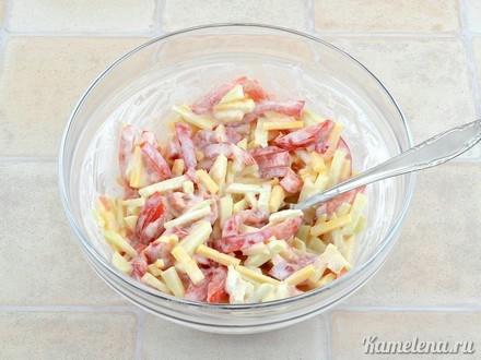 Салат из помидора, сыра и яблока7 (440x330, 81Kb)
