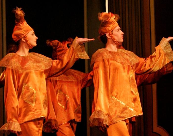Ко Дню театра и Году культуры