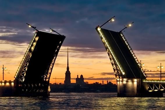 В России предлагают провести референдум об отделении Петербурга
