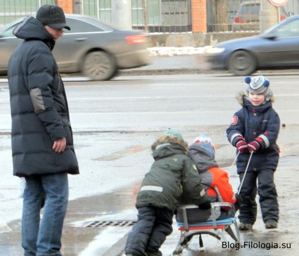 Катание на санках. Детские забавы зимой./3241858_1903_20 (600x514, 147Kb)