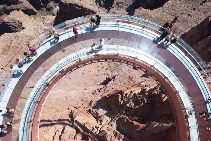 смотровая площадка в гранд каньоне фото 2 (700x465, 440Kb)