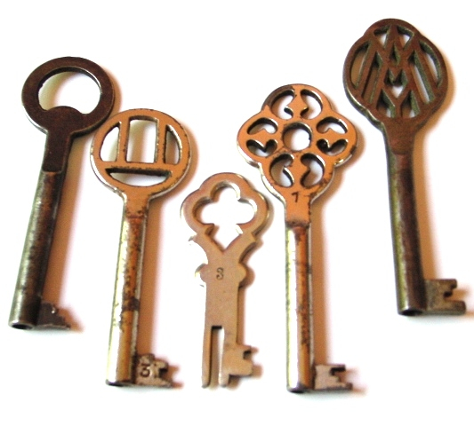 My_New_Antique_Keys__part_3_by_sojourncuriosities (533x480, 171Kb)