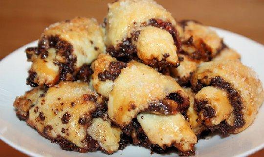 Орехово-шоколадные рогалики (7) (540x320, 183Kb)
