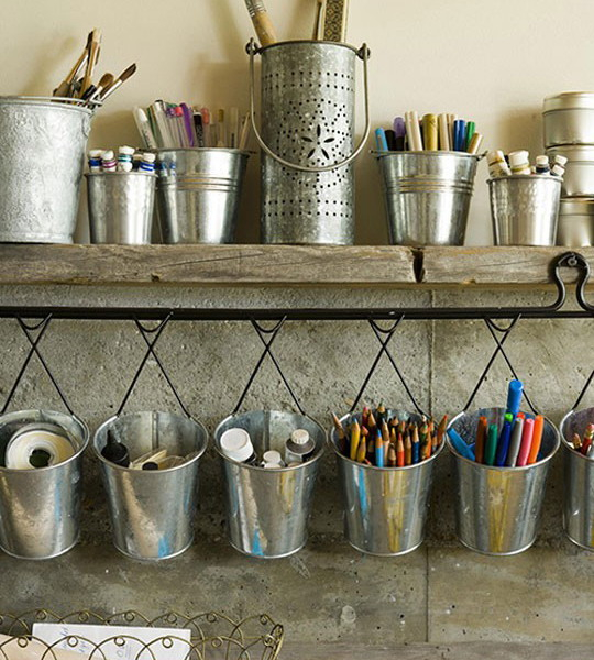 metal-buckets-creative-ideas1-3 (540x600, 305Kb)
