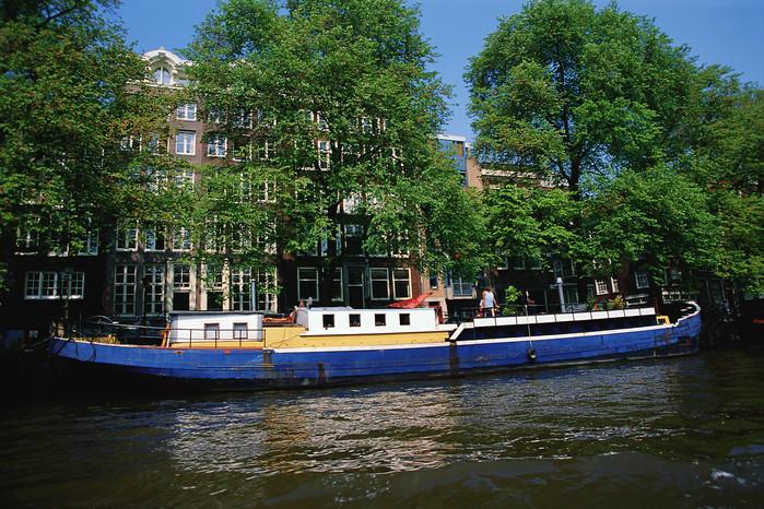 3180456_amsterdamholland (700x466, 210Kb)