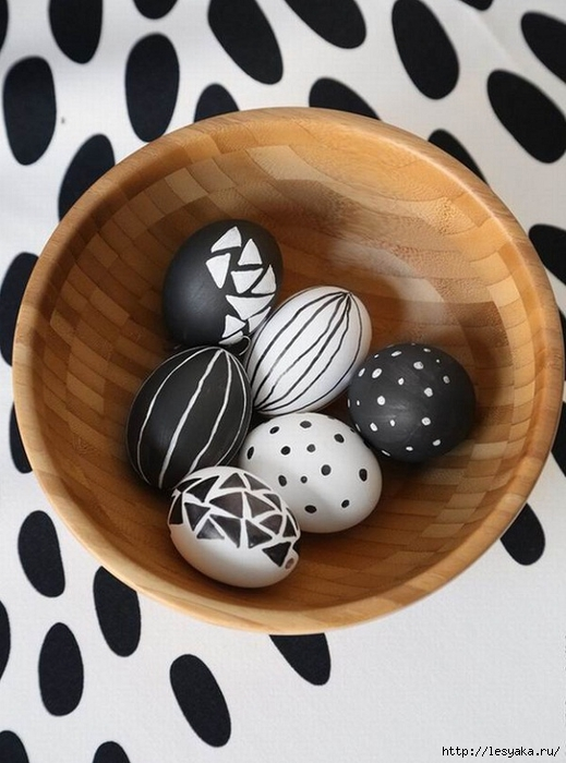 Black-and-white-Easter-eggs-decoration-ideas-different-styles (519x700, 232Kb)
