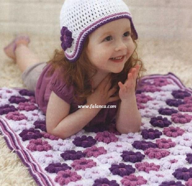Цветочный детский коврик крючком (3) (622x600, 283Kb)