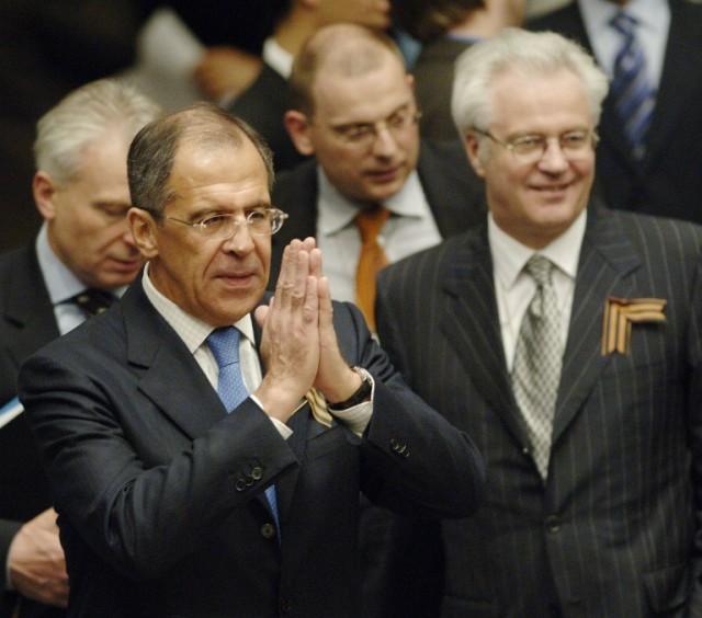 2006 год. Сергей Лавров и Виталий Чуркин на заседании Совбеза ООН (640x564, 72Kb)