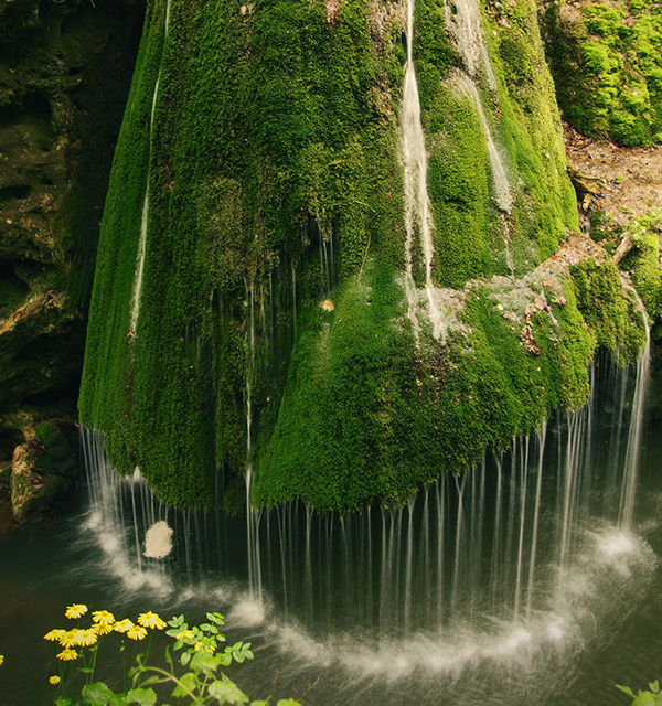 красивый водопад бигар румыния 4 (600x640, 623Kb)