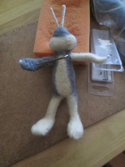 Валяние на проволочном каркасе. Кролики (4) (525x700, 288Kb)
