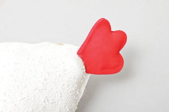 Gallina con pollos de foamirana y plástico botella (14) (577x381, 177Kb)