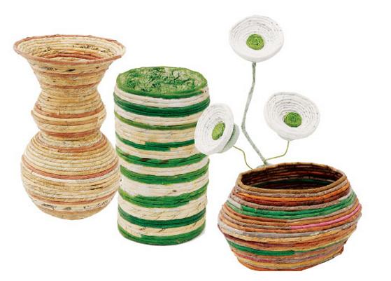 Декоративные вазы и цветы из газетных трубочек (3) (559x401, 323Kb)