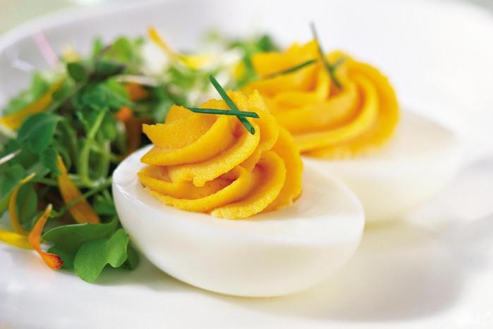 рецепты из яиц к Пасхе/5281519_marinovannie_yaica12713 (700x467, 172Kb)