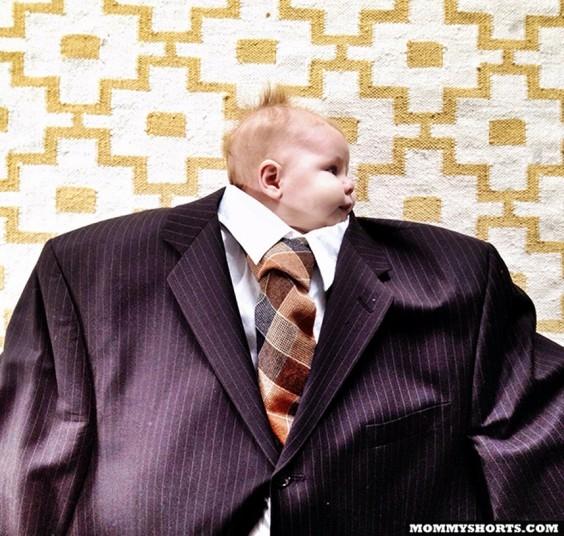 Малыши во взрослой одежде