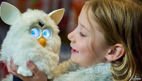 Ребенок и интерактивные игрушки Ферби (1) (593x339, 166Kb)