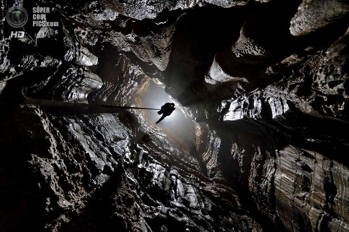 пещеры фото 2 (700x467, 273Kb)