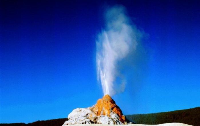 Согласно отчету геологической службы сша, вероятность землетрясения в окрестностях вулкана йеллоустоун