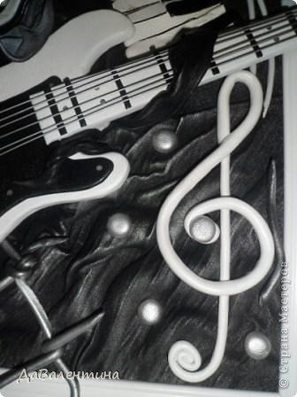 Гитара из кожи своими руками (15) (336x448, 85Kb)